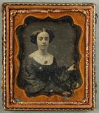 Visualizza Porträt einer sitzenden Frau. USA. anteprime su
