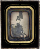 Visualizza Portrait of a man in a military uniform anteprime su