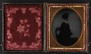 Visualizza Portræt af uidentificeret kvinde anteprime su