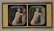 Thumbnail af Mädchenakt, Dreiviertelfigur, vor einem Vorha…