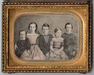 Visualizza Portrait of five children anteprime su