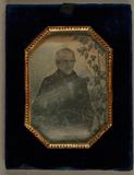 Visualizza Porträt eines Mannes, im Etui, ca. 1850 anteprime su