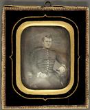 Visualizza Porträt einer jungen Soldaten oder Offiziers.… anteprime su