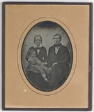 Thumbnail preview of Portrait of a couple with little girl in thei…