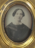 Visualizza portrait of a woman from the Quincy family, t… anteprime su