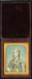 Visualizza Half length tinted portrait of lady facing le… anteprime su