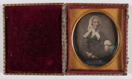 Forhåndsvisning av portret van een zittende vrouw, draagt een ka…