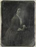 Visualizza Portrett av en sittende kvinne. Hennes venstr… anteprime su