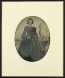 Miniaturansicht Vorschau von Portrait de femme jeune, en pied, debout, de …