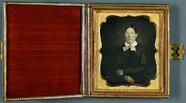 Visualizza Frau mit Brille, europäisch, ca. 1852. anteprime su