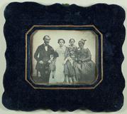 Visualizza Gruppenaufnahme, um 1845.  Gleiche Gruppe wie… anteprime su