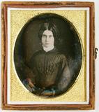 Visualizza Porträt einer jungen Frau. USA. anteprime su