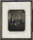 Visualizza Portrait of a man and a woman, perhaps a son … anteprime su