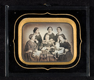Visualizza Group portrait of six young women, possibly a… anteprime su
