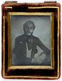 Miniaturansicht Vorschau von Portrait of a young man
