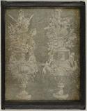 Visualizza Zwei Tafelaufsätze in der Form von Blumenvase… anteprime su