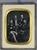 Visualizza Gruppe von vier Gentlemen. Ganz-Portrait. Zwe… anteprime su