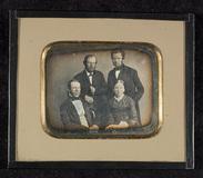 Visualizza Group portrait, three men and one woman. anteprime su