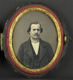 Miniaturansicht Vorschau von Portrait d'homme, en buste, de face