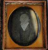 Visualizza Portrait of boy. Case embossed design: The Ta… anteprime su