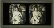 Miniaturansicht Vorschau von Weiblicher Halbakt in Küche