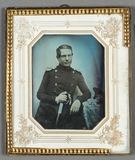 Thumbnail preview of Porträt eines am Tisch stehenden Offiziers mi…