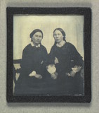 Stručný náhled Double portrait of two unidentified women