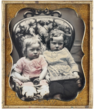 "Thumbnail preview of ""Diese beiden Kinder, denen das Porträtieren …"