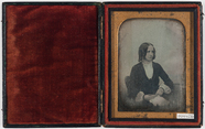 Visualizza Portrett av en sittende kvinne med krøller so… anteprime su
