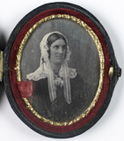 Thumbnail preview of Portret van een jonge vrouw