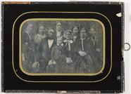 Visualizza Group portrait of nine people. anteprime su