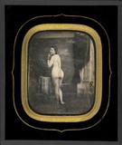 Visualizza Femme nue, en pied, de dos, le visage tourné … anteprime su