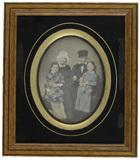 Visualizza Couple et deux enfants (Bretons ?) anteprime su