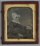Visualizza Three quarter length portrait of a seated old… anteprime su