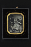 Visualizza Group portrait of card players, sitting  arou… anteprime su