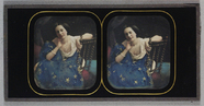 Visualizza Three-quarter view of a young woman model, se… anteprime su