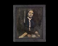 Visualizza Portrett av kvinne med blomster i fanget. Por… anteprime su
