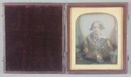 Miniaturansicht Vorschau von Half length portrait of a woman looking to th…