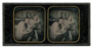 Visualizza Erotische Szene mit zwei Frauen auf Kanapee anteprime su