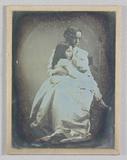 Miniaturansicht Vorschau von Portrait of a mother and child; Julia Margare…