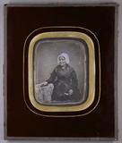 Visualizza Bildnis einer sitzenden älteren Frau mit eine… anteprime su