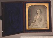 Visualizza Three-quarter length portrait of a seated you… anteprime su
