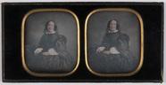 Visualizza ingekleurd stereo portret van een vrouw, fron… anteprime su
