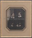Miniaturansicht Vorschau von Porträt zweier unbekannter junger Damen (wahr…