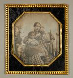 Visualizza Bildnis einer Mutter mit zwei Töchtern, vor G… anteprime su