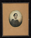 Visualizza Portrait of a woman, bust-length, with lace c… anteprime su