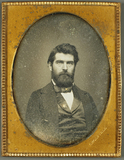 Visualizza Portrait eines Mannes mit Vollbart, USA, ca. … anteprime su