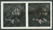 Visualizza Das Porträt zeigt eine Frau mit zwei kleinen … anteprime su