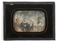 Visualizza Gruppeportrett av sogneprest Johan Christian … anteprime su