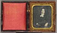 Visualizza Portrait of a woman with a book anteprime su